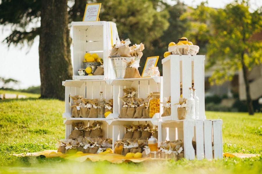 Matrimonio Country Chic Lago Di Garda : Idee per decorare il tuo matrimonio con la frutta
