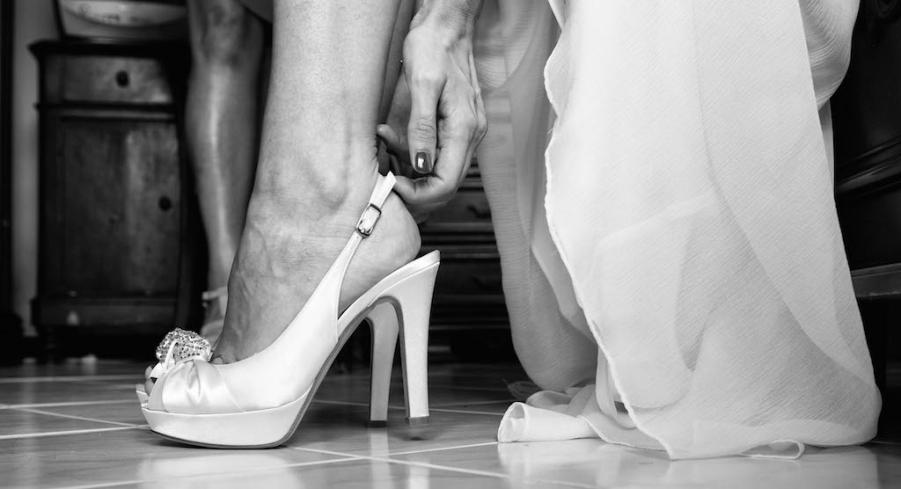 Cambio Scarpe Sposa.Le Scarpe Da Sposa Come Sceglierle Come Resistere Al Tacco Alto