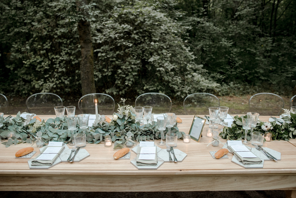 mise and place by valeria ferrari weddings