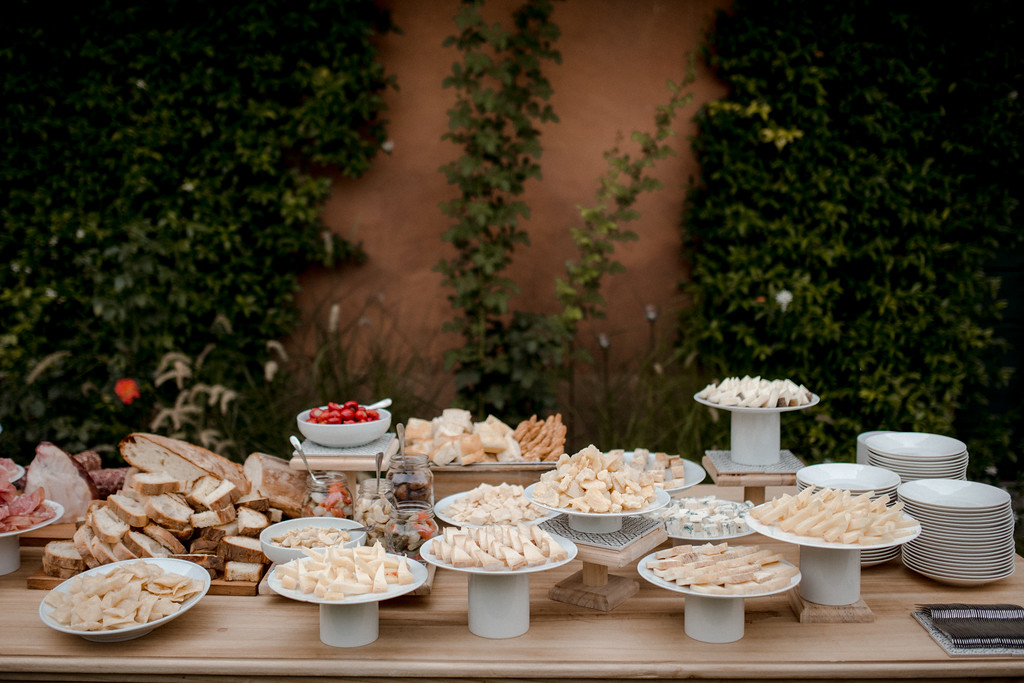 wedding buffet - valeria ferrari weddings