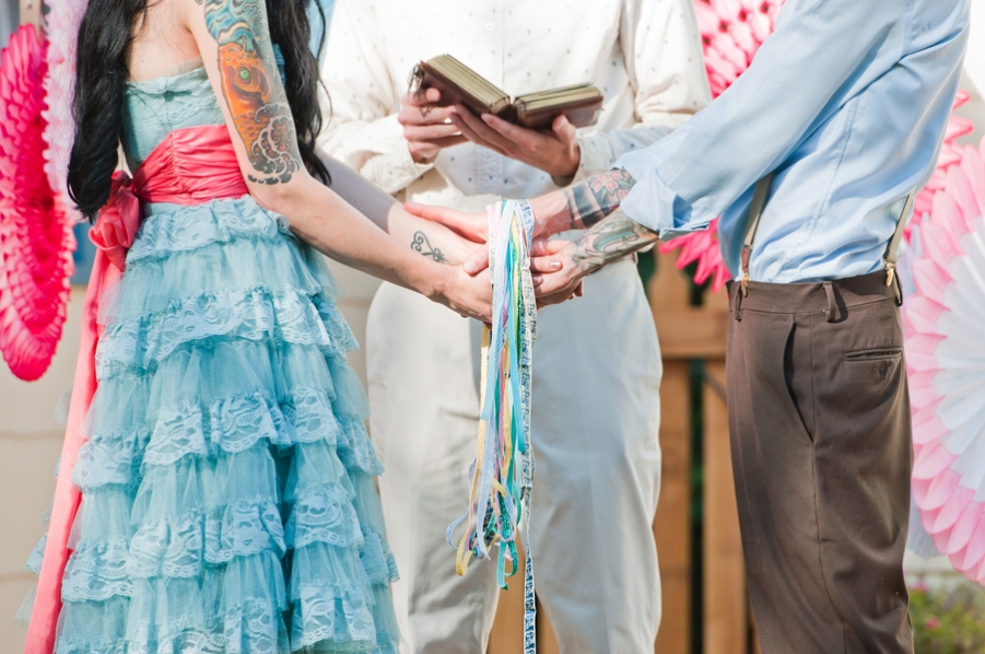 Matrimonio Simbolico Rito Della Luce : Matrimonio all aperto emozionante e carico di significato con rito